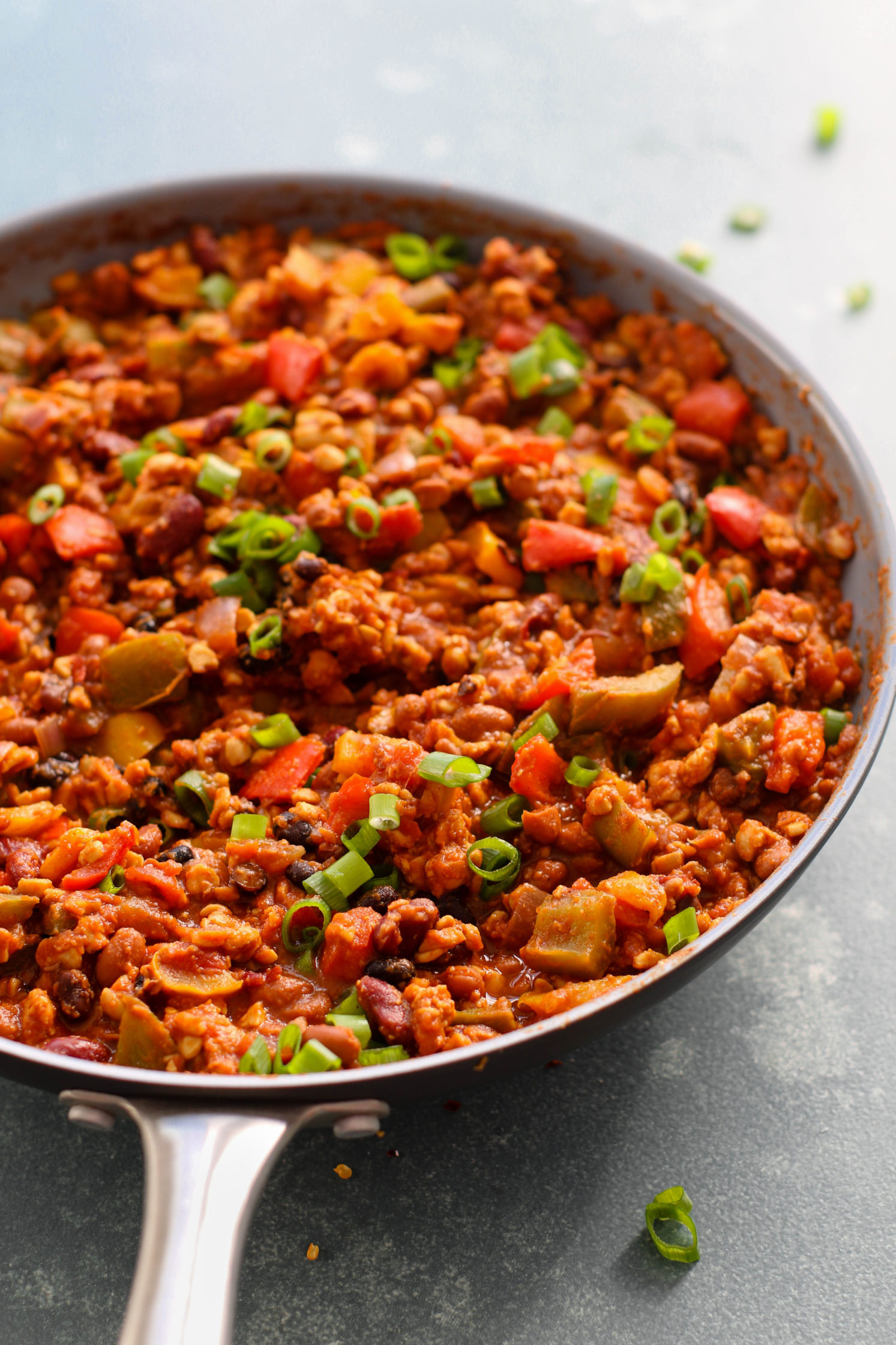 Spicy Tempeh Bell Pepper Chili