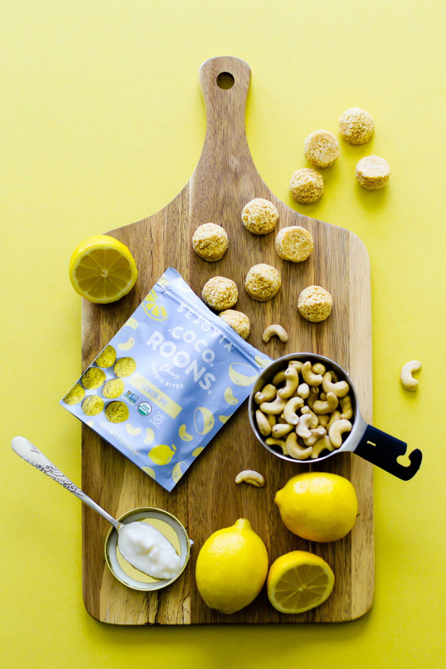 """Raw Lemon Pie Bars with """"Cocoroon"""" Crust by Flora & Vino"""