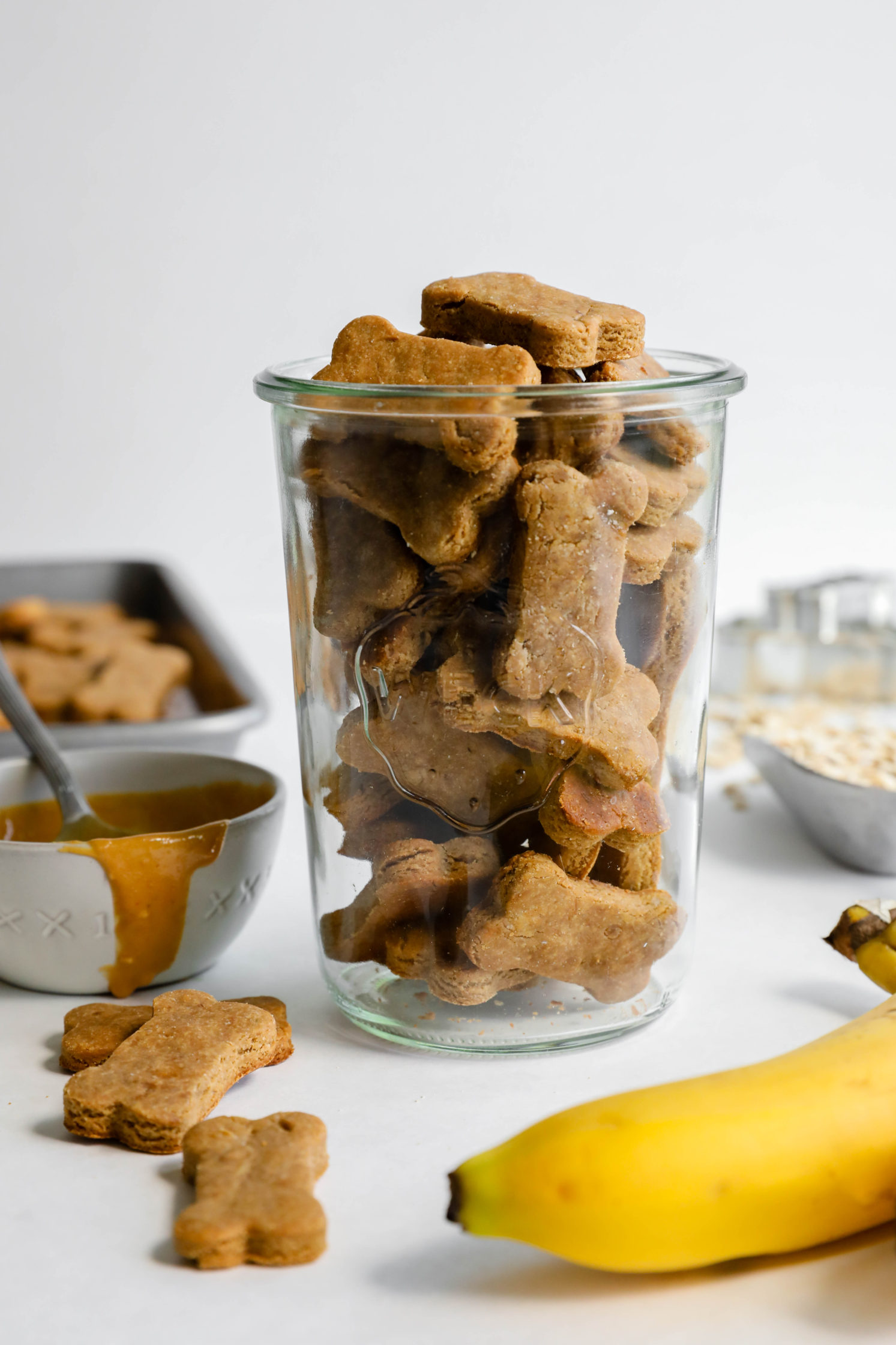 3-Ingredient Peanut Butter Banana Dog Treats by Flora & Vino