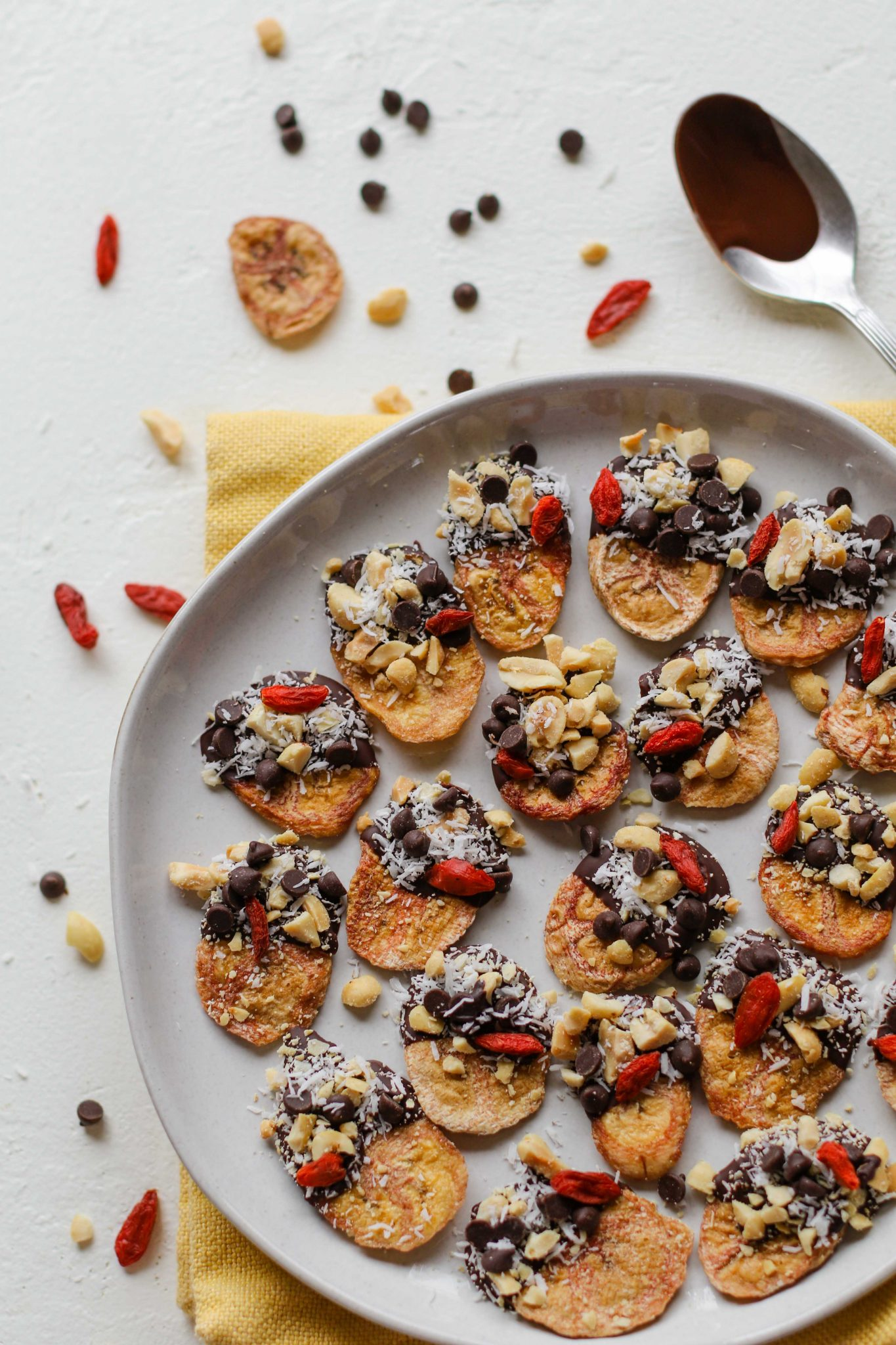 Chunky Monkey Superfood Banana Chip Bites by Flora & Vino