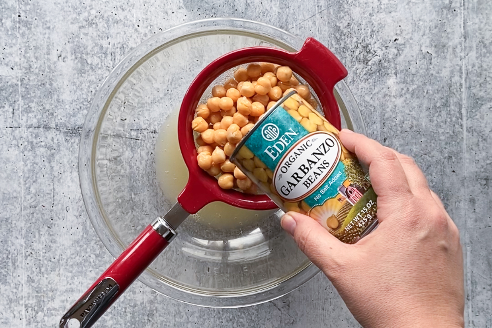 Oil-Free Roasted Spiced Chickpeas process shot by Flora & Vino