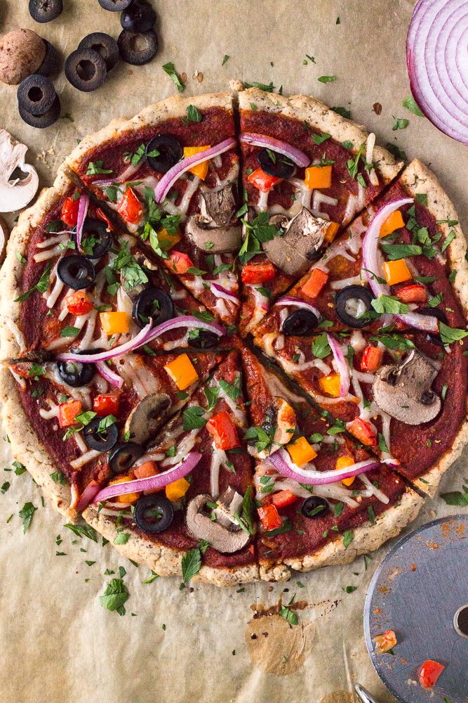 Veggie Lover's Flatbread Pizza by Flora & Vino